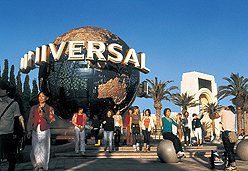 ™ & ©Universal Studios. All rights reserved.